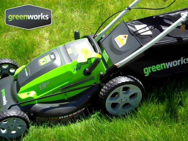 Greenworks Battery Tools